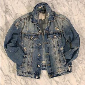 Trafaluc by Zara- distressed denim jacket